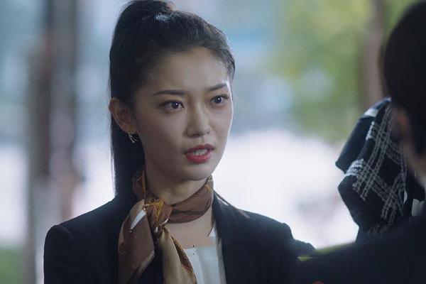 菏泽网:三十而已副店长黛西的扮演者是谁 田依桐个人资料作品简介 第1张